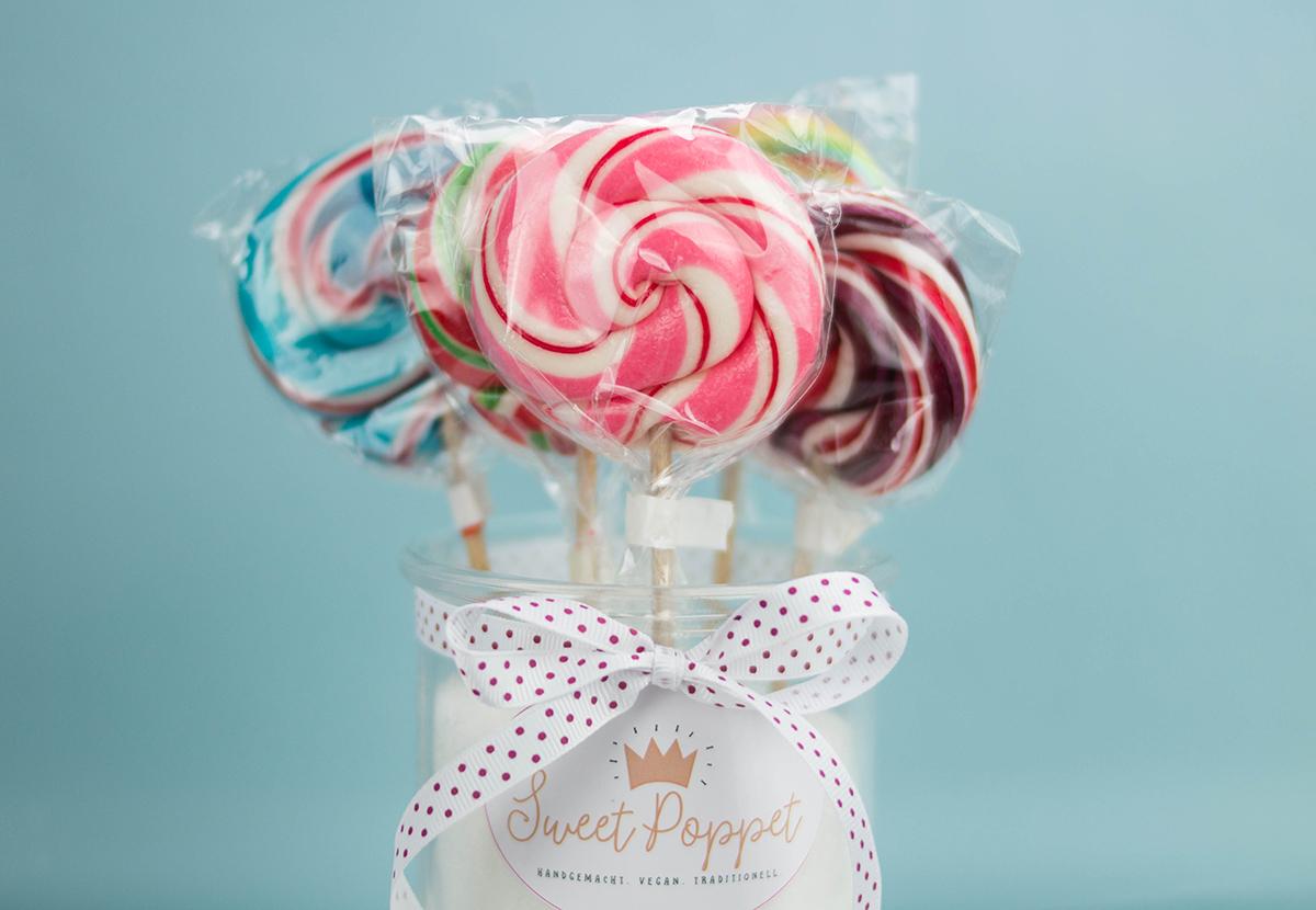 Sweet Poppet Candy-Bar Lollis