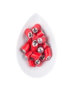 Sweet Poppet Anker-Motiv-Bonbons in einer Schale, handgemachte Süßigkeiten