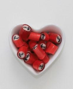 Bonbons mit Anker von Sweet Poppet in Herzschale